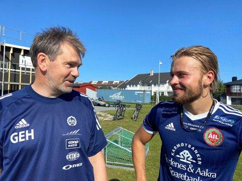 TRENEREN OG HAT-TRICK-HELTEN: Geir Egil Høvring hadde grunn til å være fornøyd med Preben Fauskanger etter søndagens 3-1-seier mot Donn.