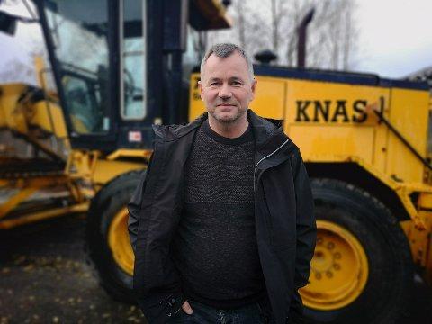 KNAS: Tom Roger Wika har ennå ikke rukket å snakke med alle de 60 ansatte. Men han skal klare det før jul, lover han.
