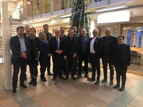 Bilde fra møtet hvor de 12 ordførerne ble enige om å lage en uttalelse