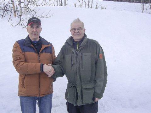Veteranmestre: Alf Tjønna (t.v.) og Gudmund Røsdal