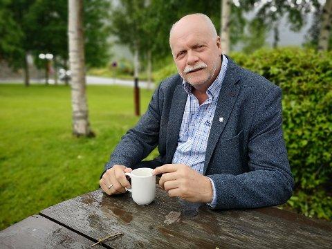 VEFSN: Ordfører Jann-Arne Løvdahl har vanskelig for å forstå hva Rana-rådmannen vil oppnå med sin kritikk,