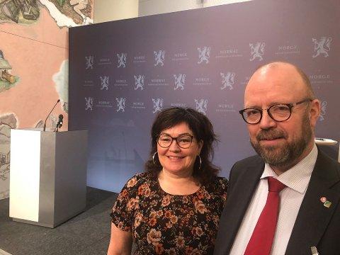 Ordfører Geir Waage og varaordfører Anita Sollie var til stede i Oslo.