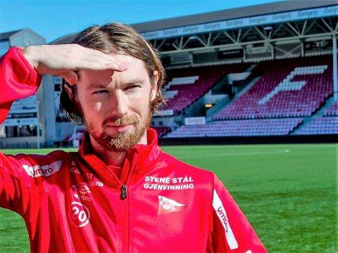 OBOS I SIKTET: Thomas Drage og Fredrikstad er på god vei mot opprykk. - Målet til klubben er å komme enda høyere enn OBOS, sier Thomas Drage.