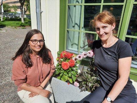 TO ANSATTE: Madlen Jørgensen (til venstre) venter fortsatt på den etterlengtede telefonen fra arbeidsgiveren, mens Olga Olsrud  er tilbake som renholder på Fru Haugans Hotel.