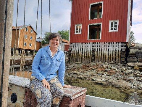 DIREKTØR: Janicke Kernland satser nå å bevare den gamle hustradisjonen på Helgeland.