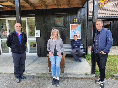 Gir støtte: Medeier Bård Bergrem, økonomisjef Gry Wigre, driftssjef Per Åkerström og daglig leder Espen Langvatn i Topcamp Mosjøen gir økonomisk støtte til storhallprosjektet.