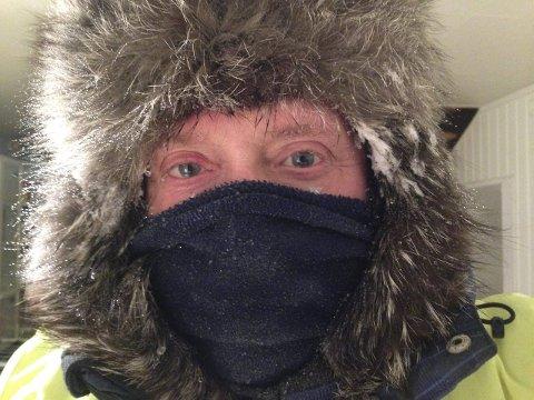 INGEN PROBLEMER:  Det er bare å kle seg på skikkelig. Onsdag kveld og torsdag morgen var det minus 36 i Seida, og turen gikk strålende.