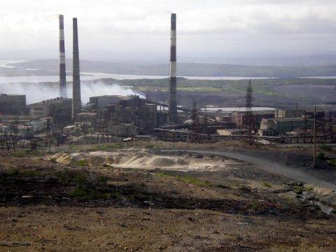 GODT NYTT: Sjefen for Norilsk Nikkel tar nå offentlig til orde for å stenge det sterkt forurensende anlegget i Nikel, av hensyn til miljøet.