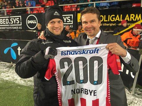 Hans Norbye rundet 200 kamper for TIL.
