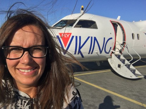 VANSKELIG: – Når du søker på nettet for å finne flybilletter, så kommer ikke tilbudet til Fly Viking automatisk opp. Det er rett og slett vanskelig å finne fram til disse billettene og å få bestilt dem, sier varaordfører i Hammerfest Marianne Sivertsen Næss