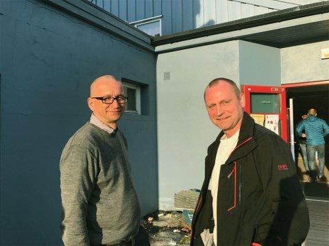 SKAL JAKTE ELG: Jan Idar Somby (til venstre) og Ronny Berg skal jakte elg i år. Foto: Oddgeir Isaksen