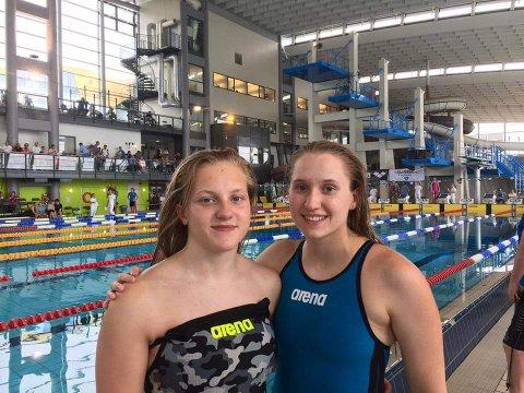 STERK AVSLUTNING: Kaia Norbye fra Karasjok hadde en sterk avslutningsdag i NM-bassenget i Trondheim. Her er hun sammen med sin treningskollega fra Narvik.