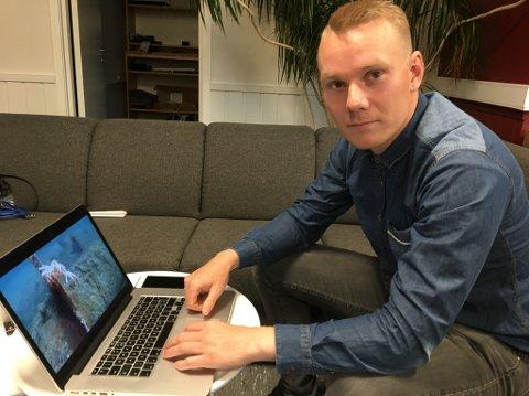 """""""VANNMANNEN"""": Jonas Follesø trives under vann som dykker og som utvikler for en ny undervannsdrone."""