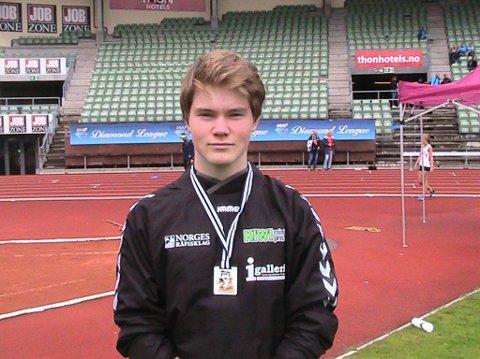 TOK SØLV: Kastet på 47,40 meter holdt til sølvmedalje under Tjalvelekene på Bislett for David Granlien Vorren.