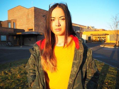 ØKER PRESSET: Anastasia Fedotova slår fast at en innstramming i den nåværende stipendordningen for studenter kan føre til at flere blir presset til å gjennomføre et studie de ikke trives med.