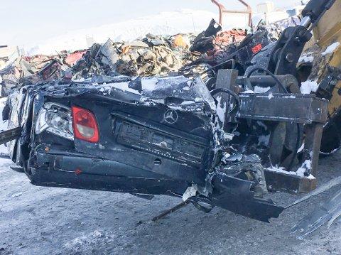NYE DRIVERE: Rask AS holder på å forhandle bort bilvrakmottaket på Klubben i Porsanger, men lover at kundene ikke vil merke endringene.