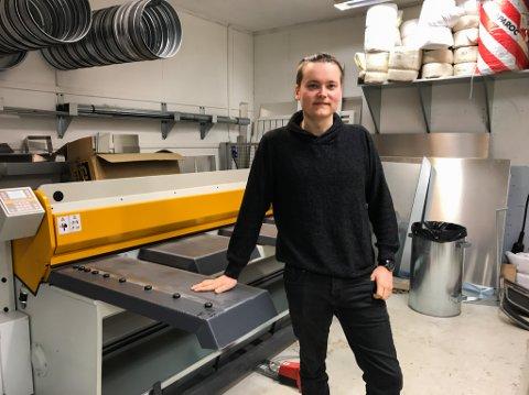 Kim Blomstereng er både daglig leder og hovedaksjonær i den nye blikkensalgersatsningen i Porsanger. Med på laget er også to gamle næringslivskjenninger, rørlegger Geir Kåven og rockegeneral Jon Arne Pettersen.