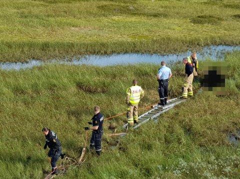 REDDET I SISTE LITEN: Mannen som satte seg fast i myra hadde marginene på sin side, ifølge brannvesenet.