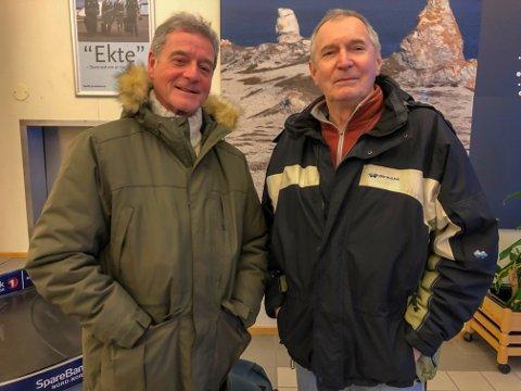 FRYKT: Kompisene Paul Montgomery fra England og Barry Moor fra South-Wales fryktet Hurtigrute-drømmen som de har betalt for i dyre dommer, skal gå i vasken.