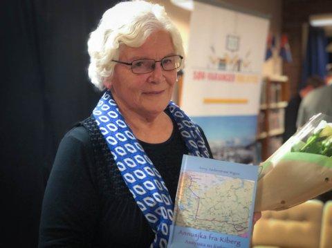 FORFATTER: Anny Søderstrøm debuterer som forfatter i en alder av 80 år. Hun deler den tragiske familiehistorien som inntraff familien under krigen.