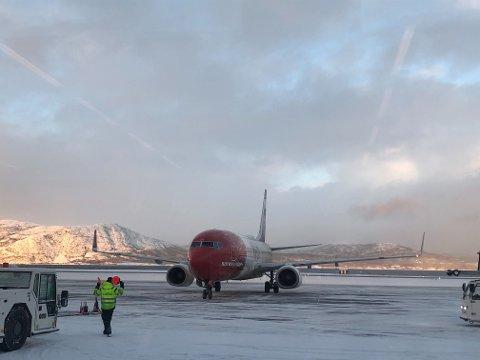 LANDET: Klokken 13:55 landet flyet fra Oslo i Alta, etter mellomlanding i Kiruna.