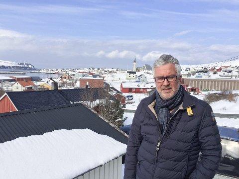 KORT KARRIERE: Etter bare et drøyt halvår i Frp, har Arnfinn Rognmo meldt seg ut. Dette med bakgrunn i Siv Jensens uttalelse. For værinteressert gjør vi oppmerksom på at bildet er tatt mandag i Mehamn. Våren lar vente på seg.