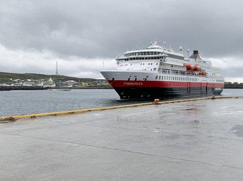 """Hurtigruta """"Finnmarken"""" Berlevåg Berlevåg skipsekspedisjon"""