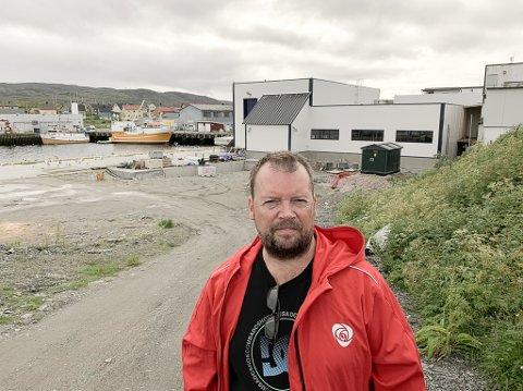 STØRSTE PARTI KAN BLI TAPEREN: Nesten halvparten av berlevågingene vil gi Rolf Laupstad (Ap) fire nye år som ordfører, men partiet har ingen åpne samarbeidspartnere og risikerer å miste makten til en bred koalisjon av mindre motstandere.