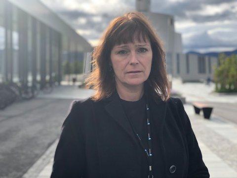Ordfører Monica Nielsen har deltatt på minnegudstjeneste og åpen kirke, og den siste uken sett et Alta som har kommet sammen i sorgen.