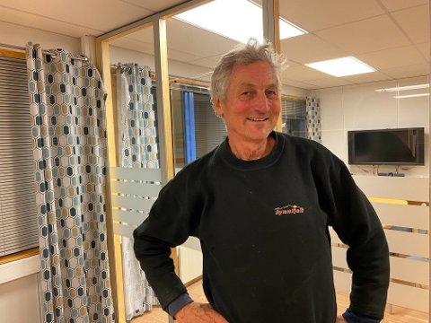 EKSTRA NATT: Bjørn Kåre Salvesen får oppleve en ekstra natt i Vadsø etter at Widerøe måtte innstille på grunn av tåke.