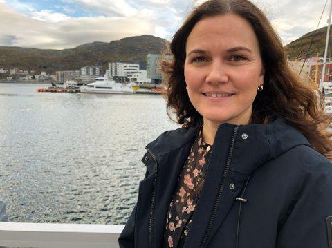 BEKYMRET: Nestleder Åshild Østlyngen i Norsk Sykepleierforbund Troms og Finnmark er bekymret for sykepleiermangelen i landet. Foto: Trond Ivar Lunga