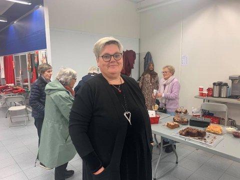 ARRANGERER JULE-LOPPEMARKED FOR FØRSTE GANG: Leder for Frivillighetssentralen i Vadsø, Tone Hansen Jakola (55).