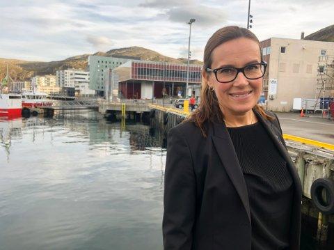 LETTET: Marianne Sivertsen Næss, ordfører for Hammerfest kommune, sier nyheten om vaksinering føles helt fantastisk.