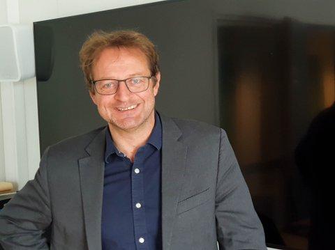 SVÆRT FORNØYD: Jørund Greibrokk er assisterende Instituttleder ved Campus Alta Handelshøgskolen. Han er ansvarlig for den oppbyggingen som skal skje ved universitetet det kommende halvåret.