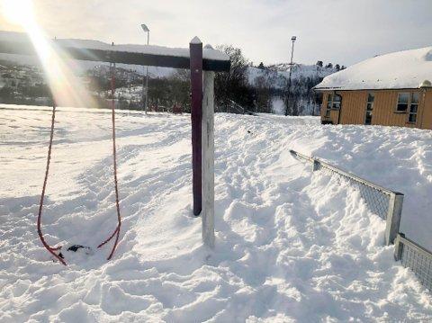 MYE SNØ: Utdanningsforbundet i Alta ber Alta kommune om snømåking i barnehagene i Alta.