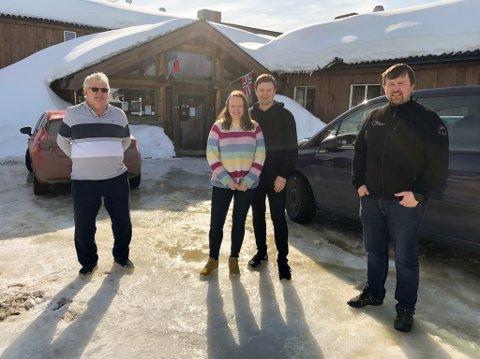 OVERTOK: I april i år var disse samlet for overtakelse av nye eiere på Skaidi hotell: Hans Josefsen (fra venstre), Tone Reinholdtsen Ek, Morten Ek, og Vegard Berge Uglebakken.