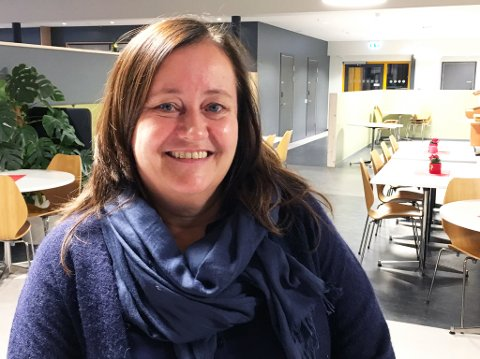 ÅPEN: - Når jeg har søkt meg inn i en topplederstilling, må jeg tåle offentlighetens lys, sier klinikksjef i Alta Lena E. Nielsen.