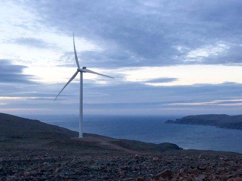 LANGSIKTIG INVESTERING: Hamnefjell vindkraftverk er eid av Finnmark Kraft, gjennom datterselskapet Hamnefjell Vindkraft AS. Finnmark Kraft er majoritetseier, og eier kraftverket sammen med et fransk fond Axa, ledet av Ardian.