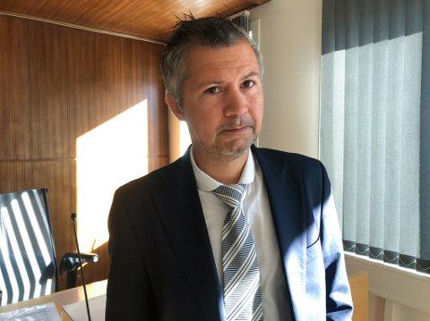 Advokat Benny Solheim var forsvarer for den tiltalte mannen som ble dømt til samfunnsstraff. Foto: Trond Ivar Lunga
