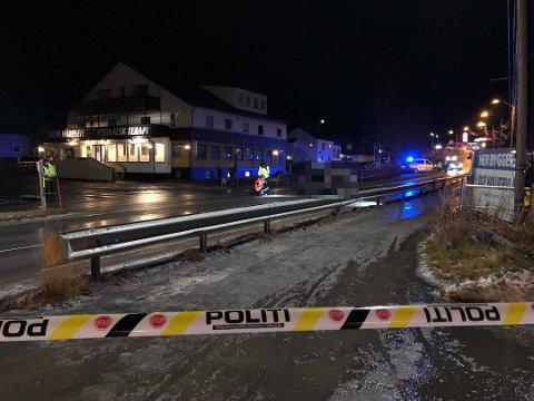 ULYKKESSTEDET: 1. november 2018 ble Roald Paulsen (81) påkjørt i gangfeltet her i Bossekop. Nå er en mann i 30-årene dømt.