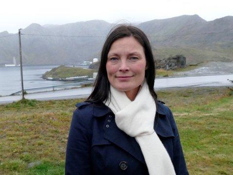 IKKE PÅ LINJE: Styremedlem i FeFo, Line Kalak, er ikke på linje med styrekollega Bente Haug som ønsker seg politikere på banen når det gjelder Finnmarkskommisjonens rapport om Karasjok-feltet. - Saken omhandler juss og rettigheter, sier hun.