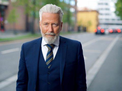 FORSVARER: Advokat Audun Lillestølen har forsvart Kate Johansen i alle rettsrundene.