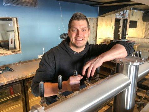 SNART KLAR: Kristoffer Risvaag åpner den nye restauranten i mai. Foto: Trond Ivar Lunga