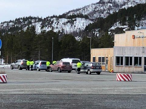 STORKONTROLL: Statens vegvesen gjennomførte kontroller mot store og små kjøretøy.