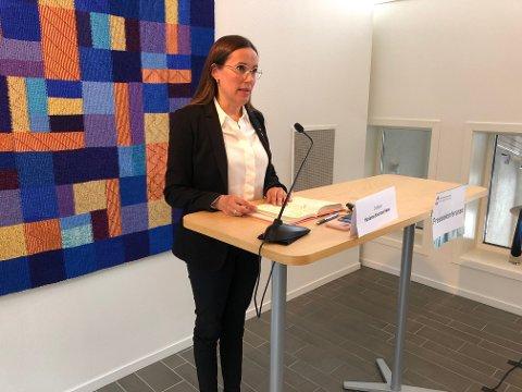 BER FOLK TA KONTAKT: Hammerfestordfører Marianne Sivertsen Næss (Ap) ønsker at de som har vært på båtene tar kontakt for å testes og følges opp som nærkontakter.