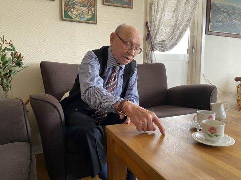 HUSKER GODT: John Andreas Andersen bor fortsatt hjemme med sin kone Wilhelmine Helene. John Andreas forklarte hvordan fluktrutene deres var under krigens siste år.