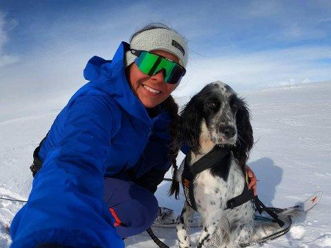 AVKOBLING: Anette Pettersen liker å gå på tur for å få litt avkobling fra hverdagen.