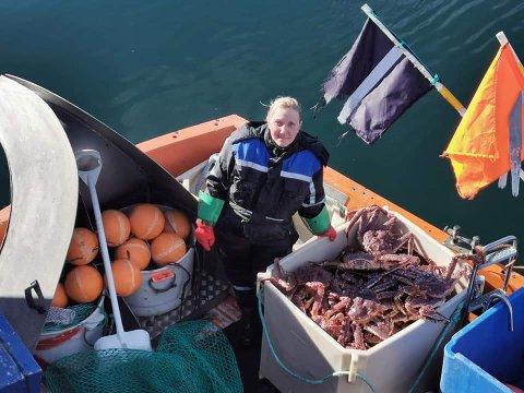 NY HVERDAG: Yuliya Anokhina (36) er klar til å starte ny dagligvareforretning i Mehamn, når bare alle tillatelser er i orden. Hun skal fremdeles ha egen båt.