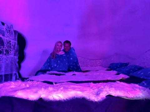 ALENE I VINTERLAND: Ingeborg Bjørnevik og Helge André Njåstad byttet ut ferien i Toscana med en tur til vinterlandet i Kirkenes.
