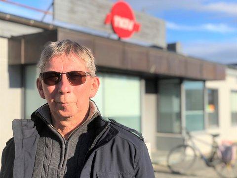 HAR FORHOLDSREGLER: NAV-leder Kjell Johansen i Porsanger sier de har forholdsregler for å beskytte de ansatte på jobb.